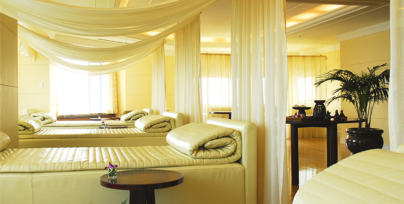 You will still enjoy relaxed feeling at the relaxation lounge after the treatment.