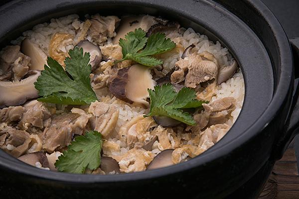 みやざき地頭鶏と椎茸の炊き込みご飯