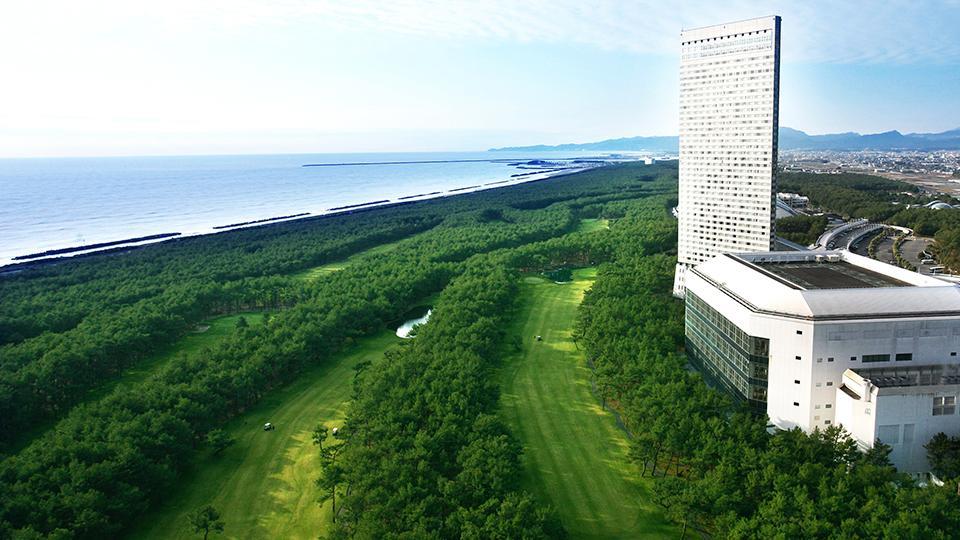 【朝食付】トム・ワトソンゴルフコース 1プレー/2日間