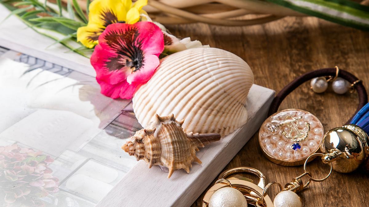 UVレジンアクセサリー作りと貝殻アート