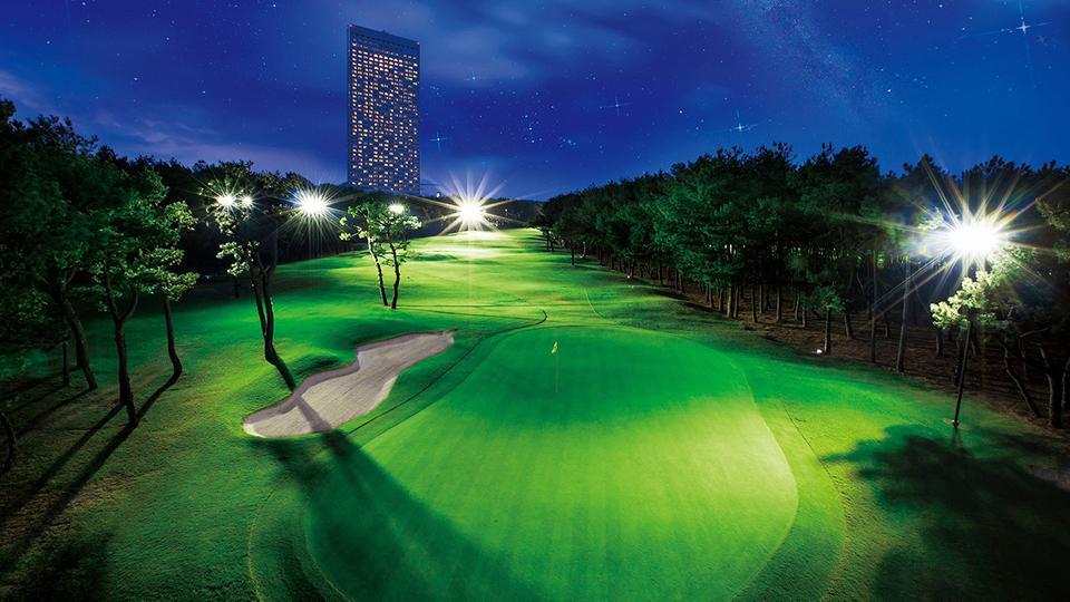 夜もリゾートゴルフを満喫「ホシゾラ★ゴルフ」