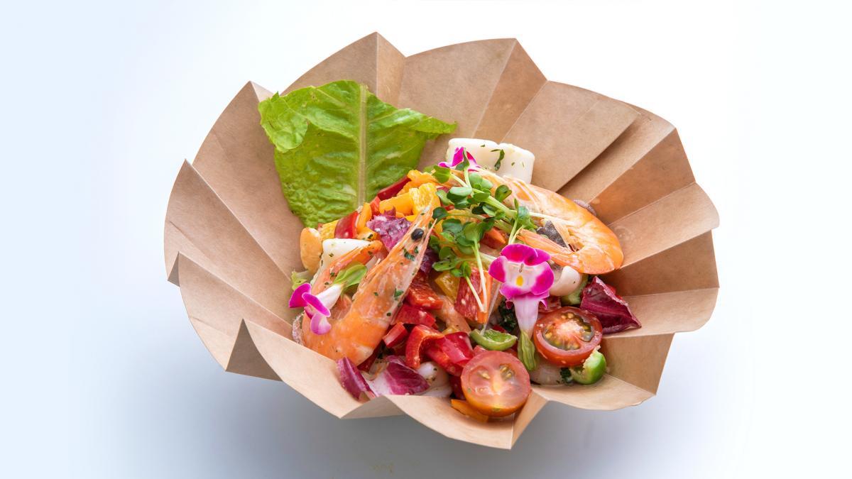 宮崎県産野菜たっぷり シーフードサラダ