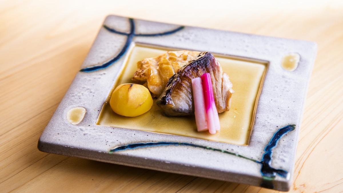 魚介の 燻製の焼き物