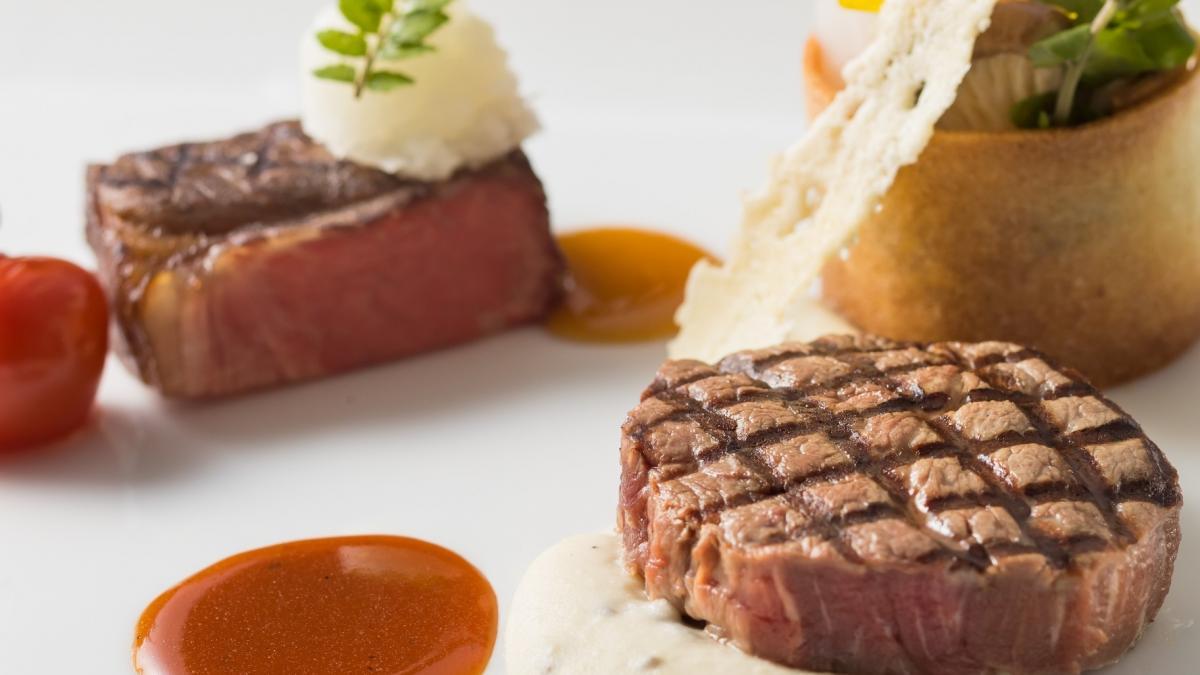 宮崎牛フィレ、ロースのデュエット 和洋2種のソース