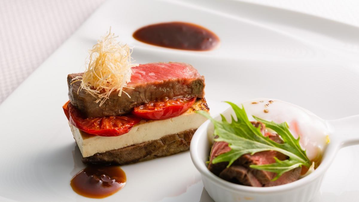 宮崎牛ロースのトマトすき焼き うしのみやスタイル