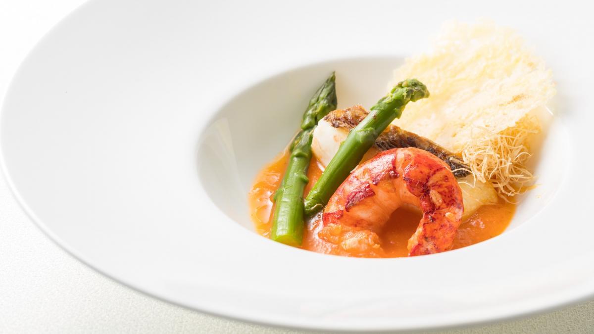 オマール海老と白身魚のオイル焼き 宮崎野菜のソース