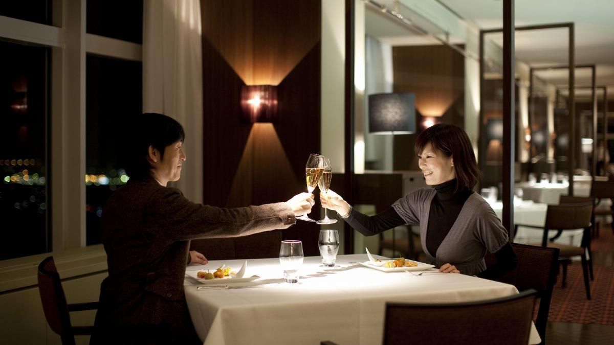 結婚記念日月のご優待② レストラン&バー
