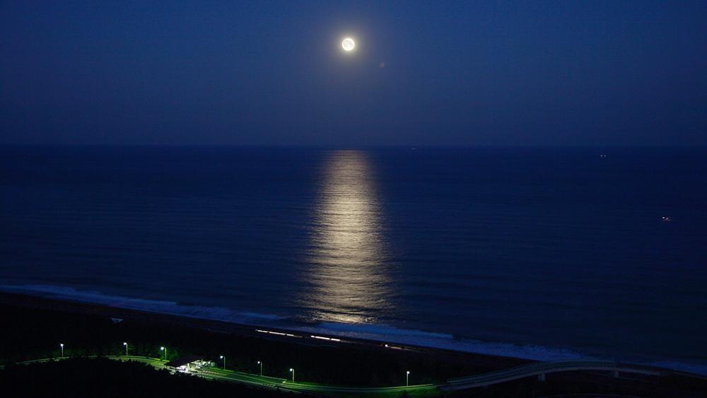 シーガイアの魅力_月の道
